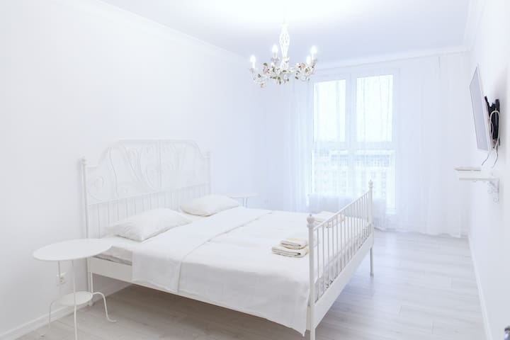 Однокомнатная в центре (люкс 000581) - Krasnodar - Apartamento