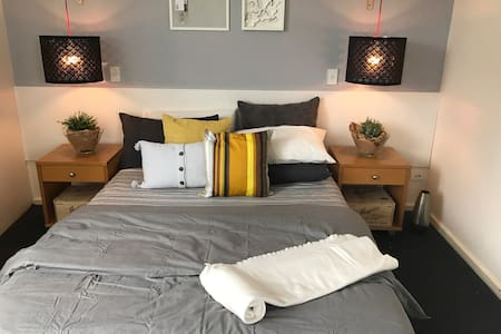 3 minutes  Roma Street Station Brisbane CBD - Brisbane City - Appartement