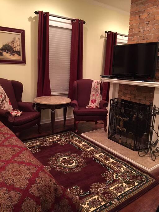 Master Sitting-Room