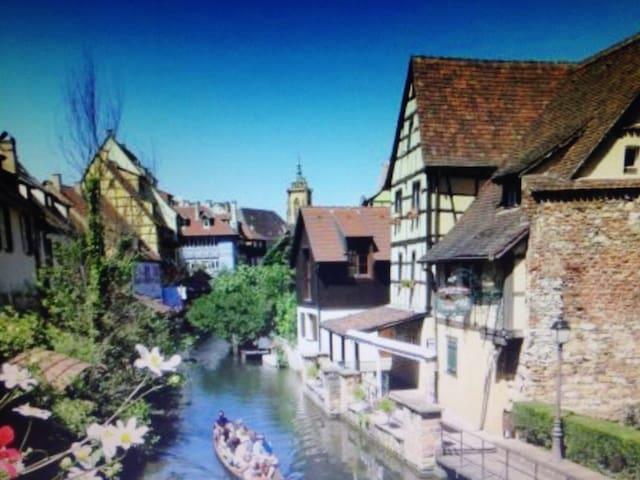 Small bridge people - Velaux - House