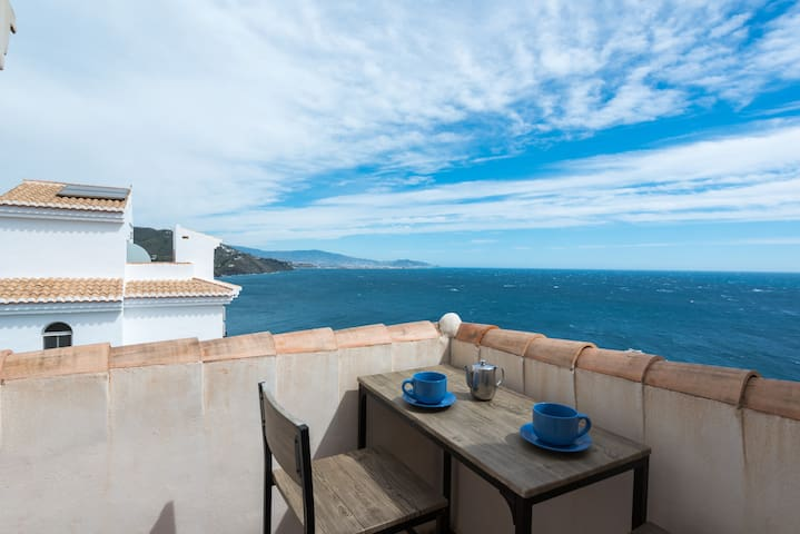 Buenavista: stunning seaviews, swim, spa, sun - Almuñécar - House