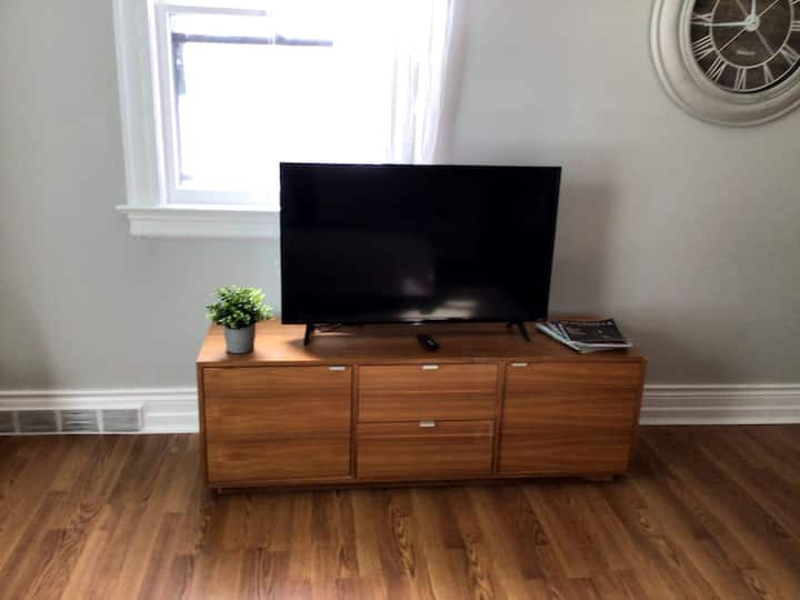 Sparkling Clean 1 Bedroom Apartment