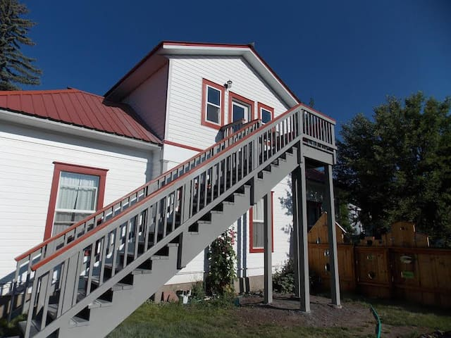 Bayfield Attic Inn