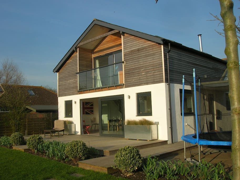 Contemporary Beach House in Camber