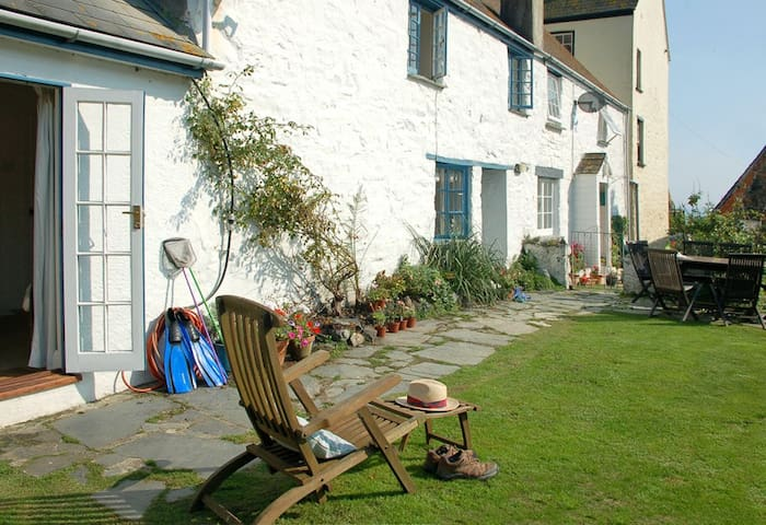 Cottage, close to beach & inn - Cadgwith Cove - Hus