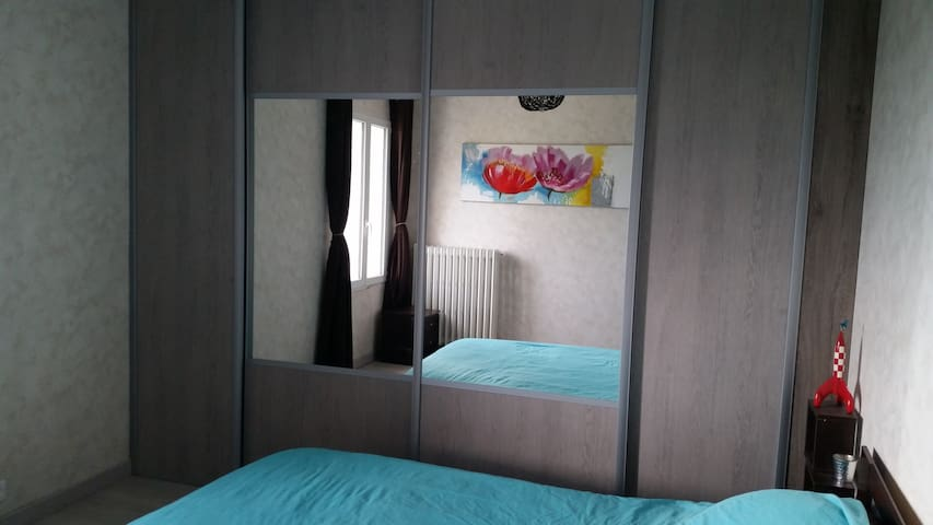 Ferme d'Harmandot (2 chambres) - Chézy-sur-Marne (les roches) - บ้าน