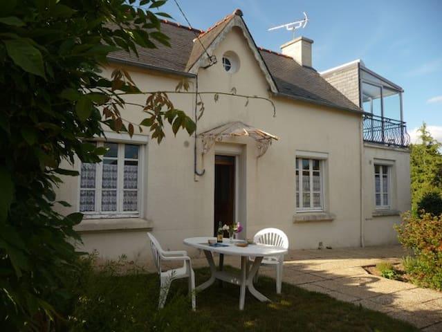 Ti Loeiz - Saint-Goazec - House