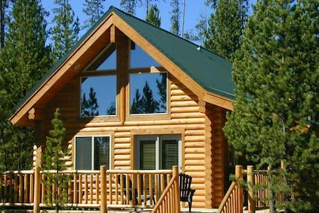 One Bedroom Island Park Cabin - Island Park - Zomerhuis/Cottage