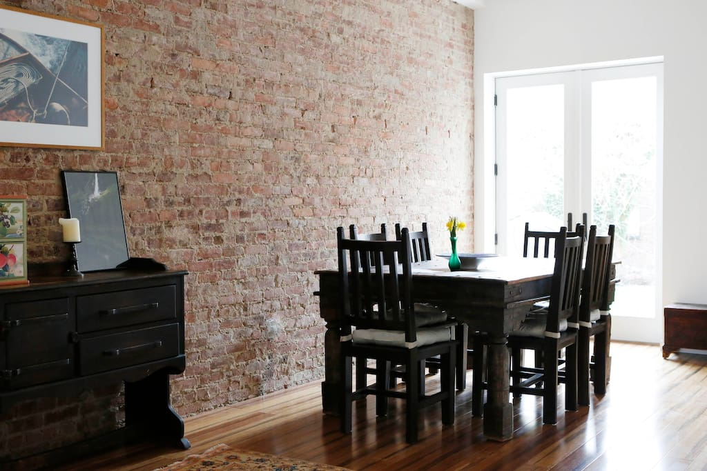 Bright and spacious 1 bedroom apartments for rent in brooklyn new york united states 5 bedroom apartment brooklyn