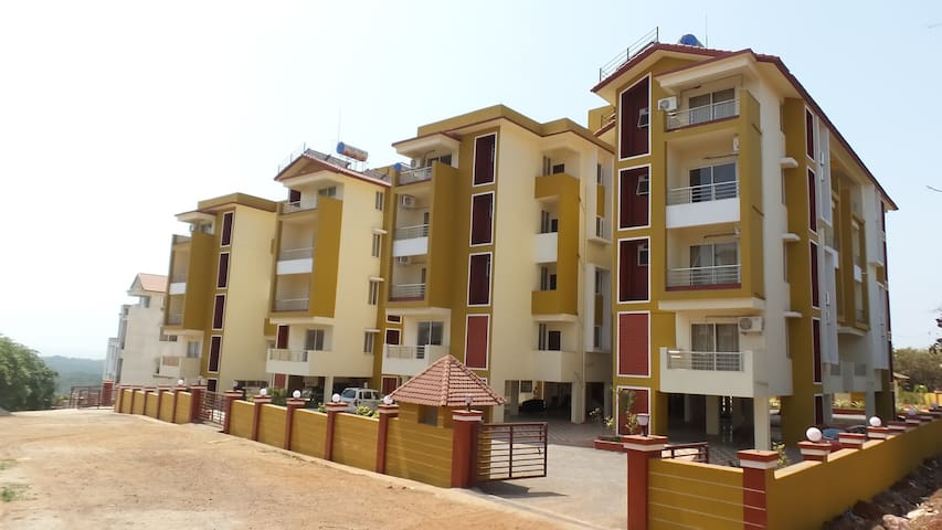 Furnished Apartments Near Airport - Goa - Daire