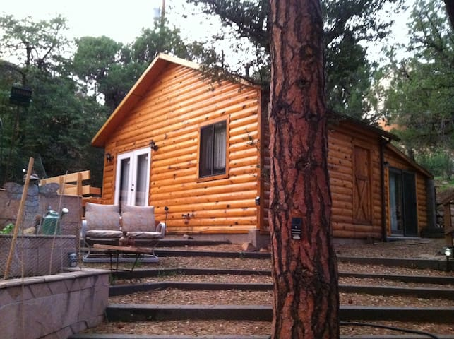Chris's Cabin -Crown King - Crown King - Cabane
