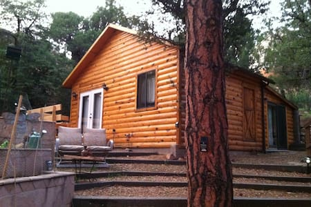 Chris's Cabin -Crown King - Crown King - Cabin