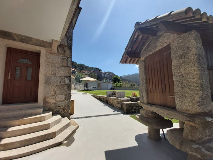 Casa rural a 10km de Playa América y Baiona