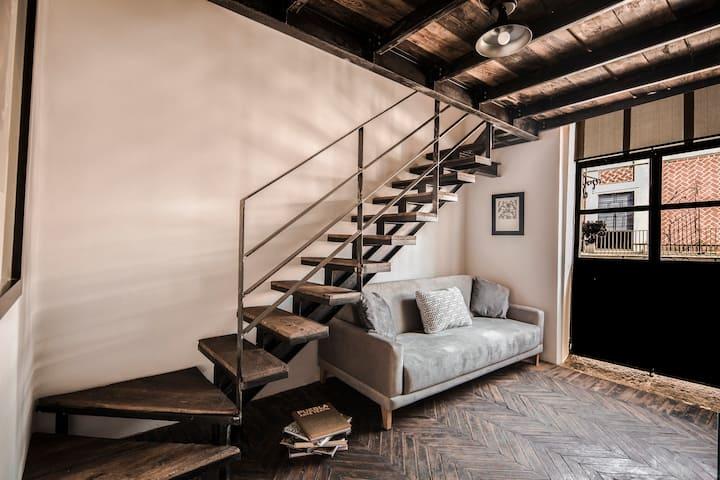 ✰ centro Puebla +2 pisos +sofá ✰ balcón vista 180°
