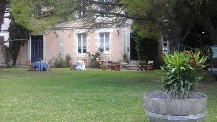 Chambre triple avec vue sur jardin sud