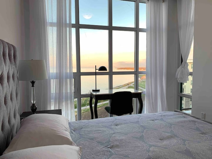 2 Queen Beds Shoreview Penthouse Awesome Lake View