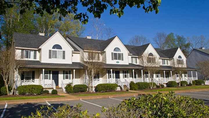 The Historic Powhatan Resort- 2 bdrm sleeps 6
