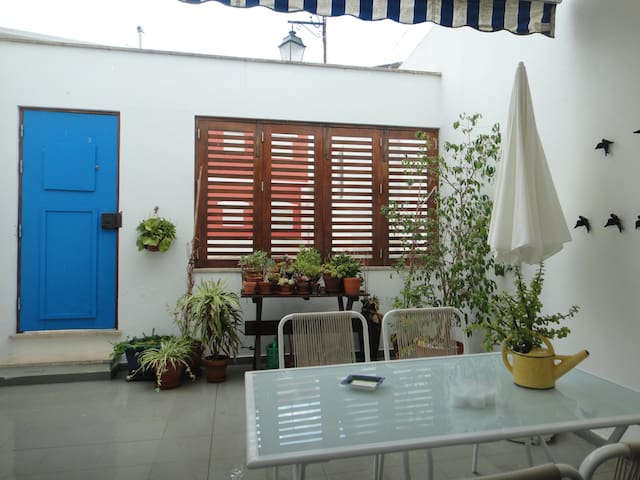 CASA PATIO IN HISTORICAL CENTRE - ALVOR - Talo