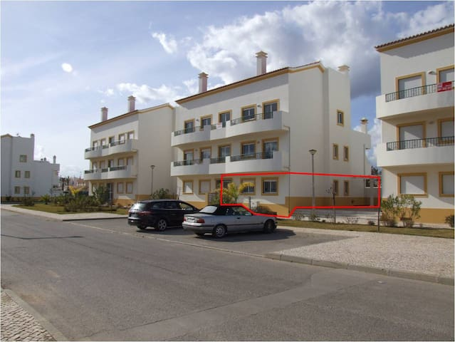 Great Apt! 5 min walk to the beach - Altura - Apartment