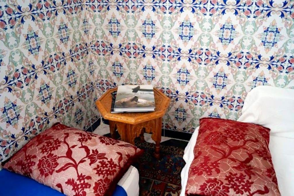 tradidional moroccan livingroom area