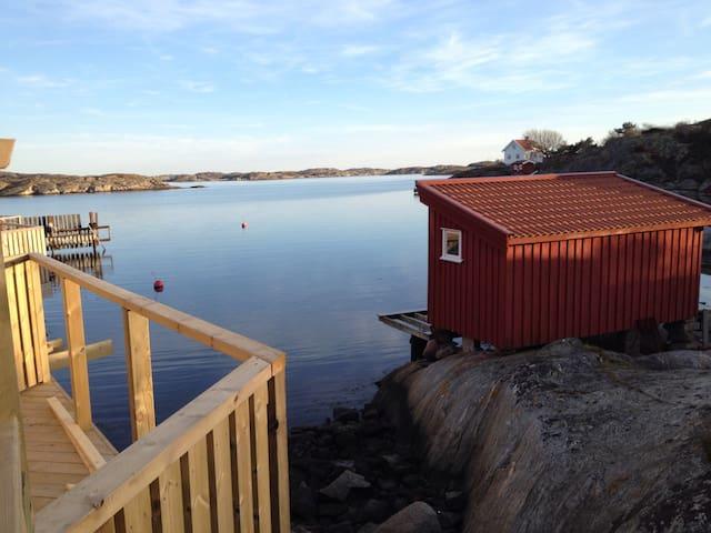 Nybyggt hus vid havet! Tjörn - Kyrkesund - Huis