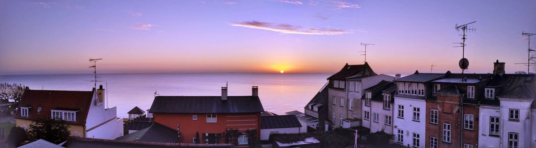 2 floor w/breathtaking sea views - Klampenborg - Lejlighed
