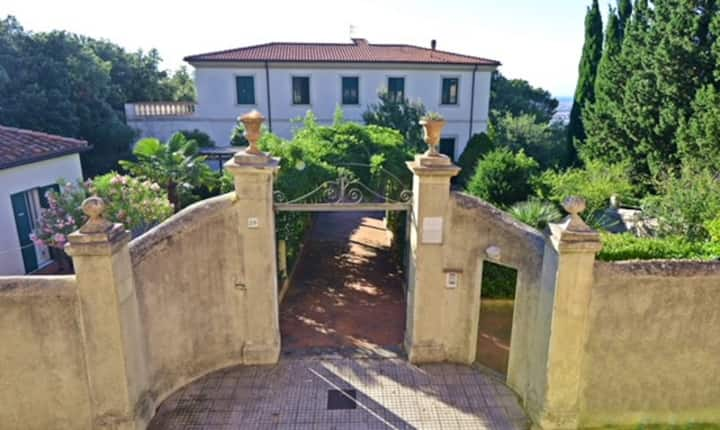 Villa A Livorno
