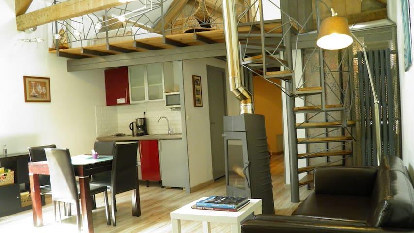 """Suite """"Vacances en Famille"""" 60m2 , Cuisine & Salon"""