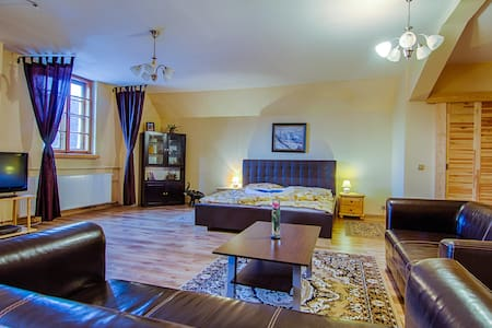 VIP apartment for up to 4 people - Černý Důl - Inap sarapan