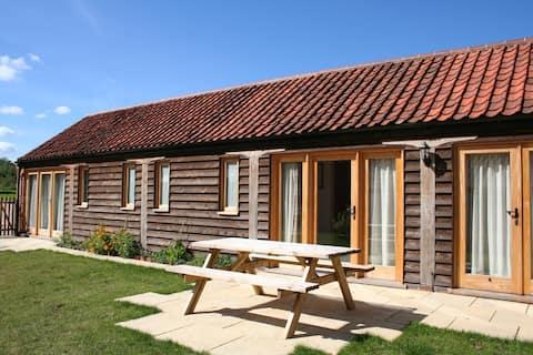 Fabulous, family-friendly cottage (Kingfisher)