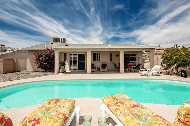 House w/ two master suites & POOL!