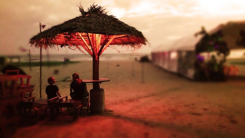 The Beach Lodge ...Negombo..