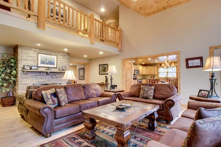 Lakefront home w/private dock, firepit, playground & lake views