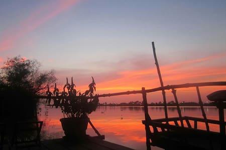MeKong Delta Vinh Long VN - Long Ho
