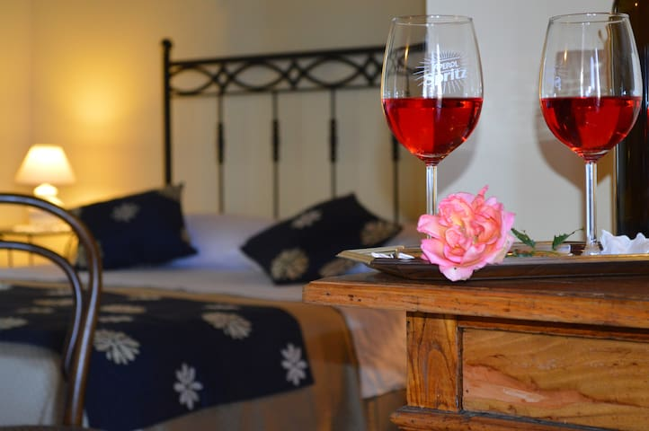 b & b in the countryside with sea view - Spadafora - Bed & Breakfast