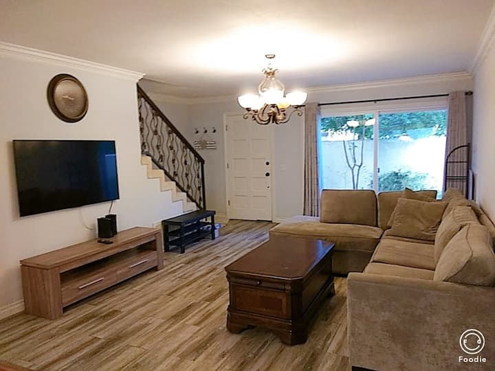 Beautiful 3B3B Apt near market & Arcadia Mall