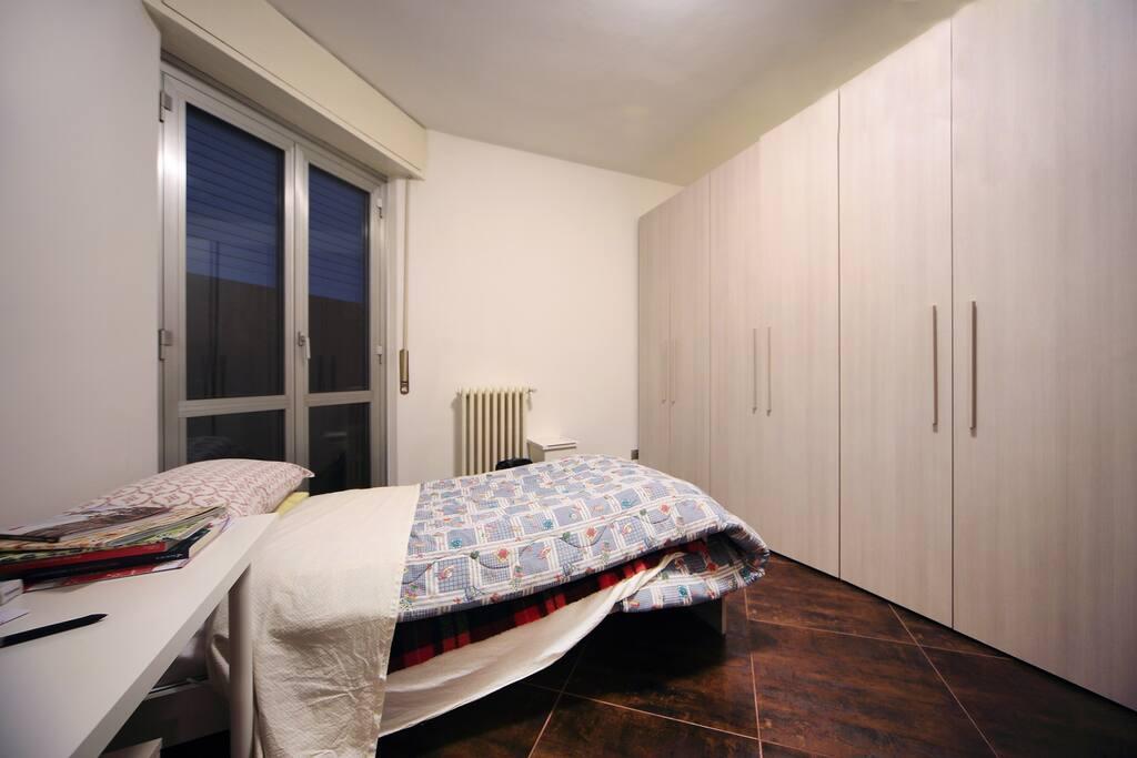 Stanza doppia con bagno privato appartamenti in affitto a milano lombardia italia - Stanza con bagno privato roma ...