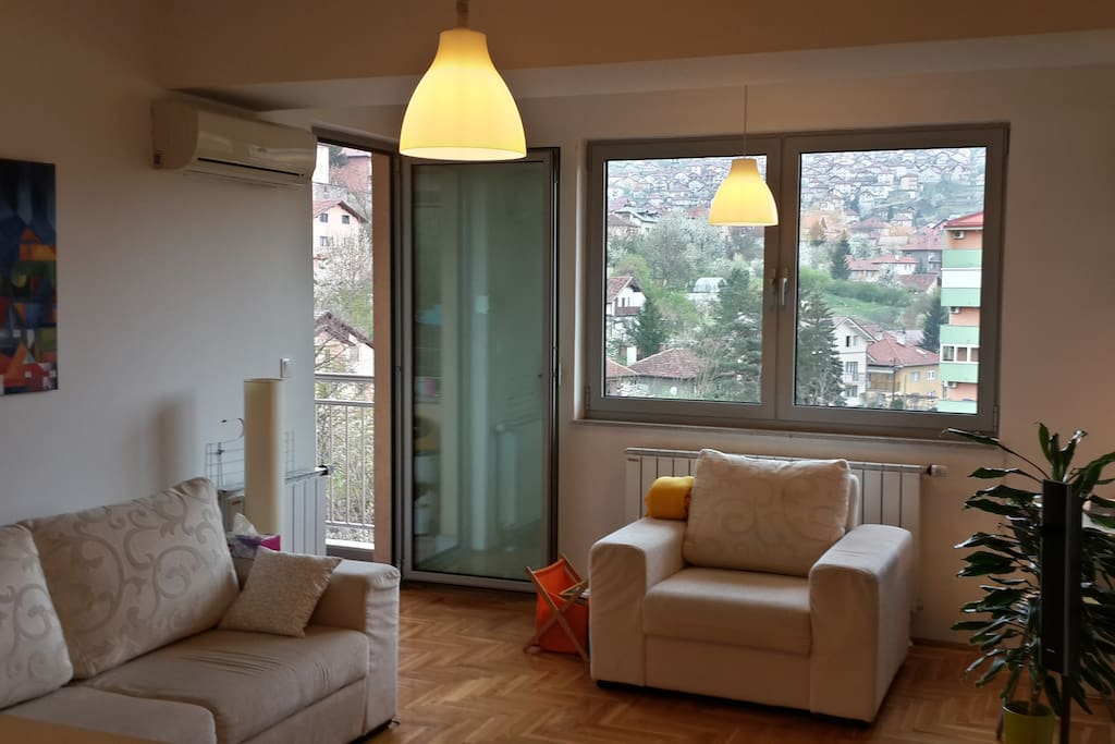 Living room - Fully controllable air conditioning