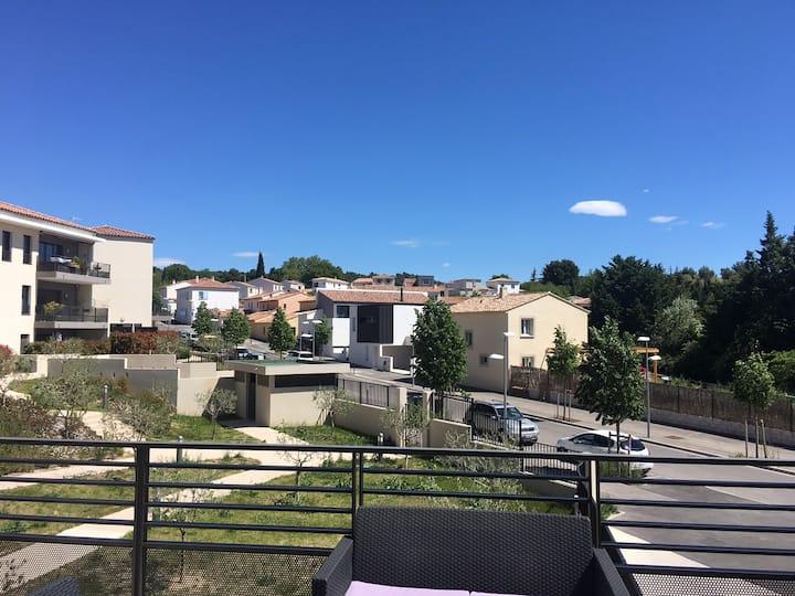 2 pièces terrasse entre Aix et Marseille