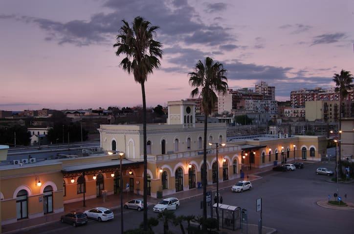 Vista su Piazzale Stazione FS
