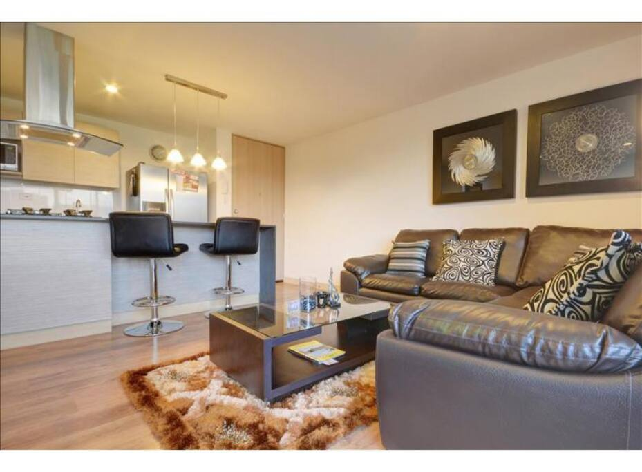 three bedroom and luxury apartment apartments for rent