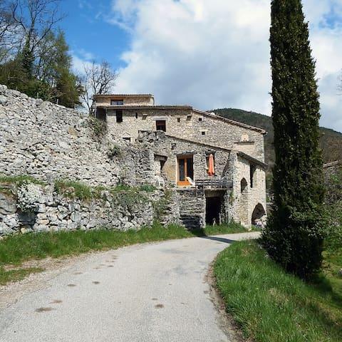 Maison à La Paillette - Montjoux - Montjoux - 一軒家