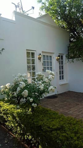 The Parktown Corner House - Randburg - House