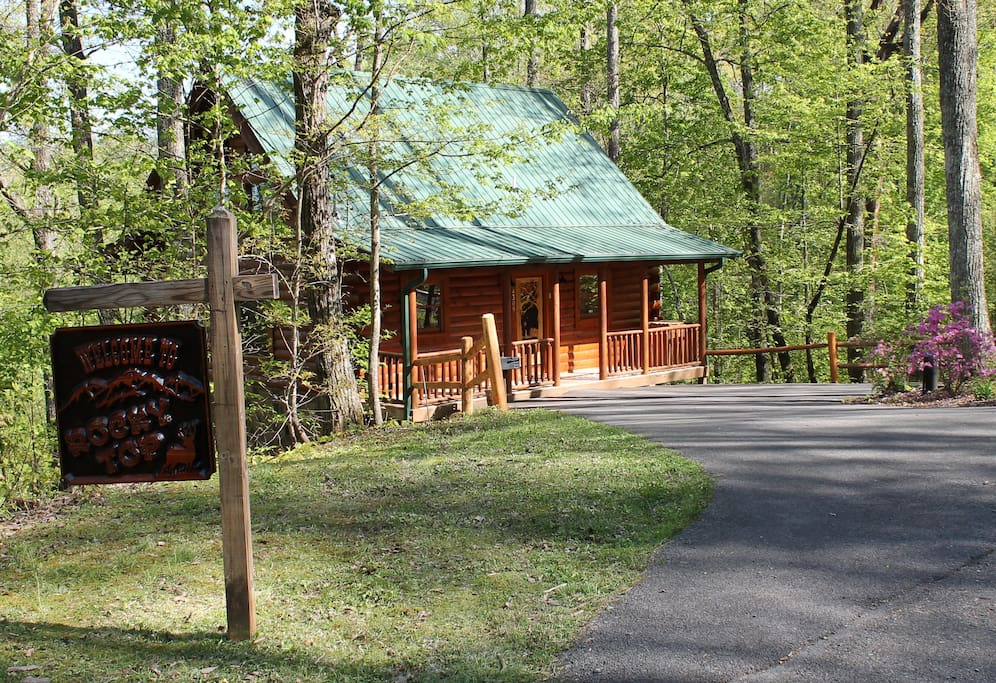 Mountain view wi fi privacy cabins for rent in for Cabins in gatlingburg tn