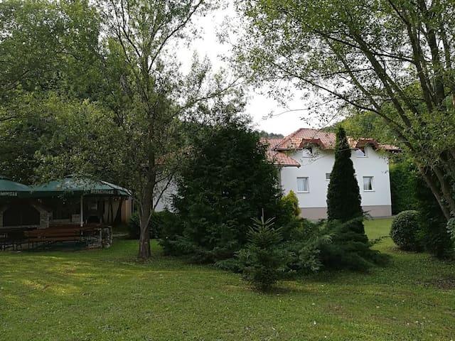 Villa Nana;  hidden Jewel in the ❤️ of the Una NP