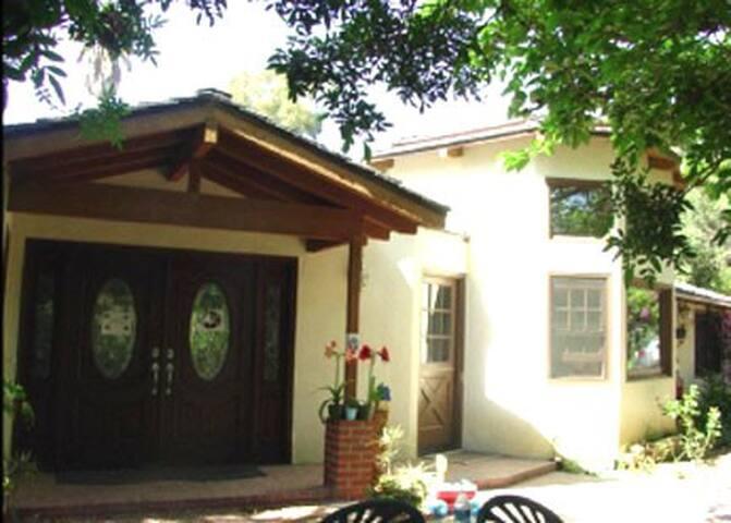 Rancho Santa Fe Room - Rancho Santa Fe