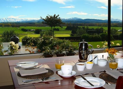 Stunning panoramic mountain views - Pleasant Point, Timaru - Bed & Breakfast