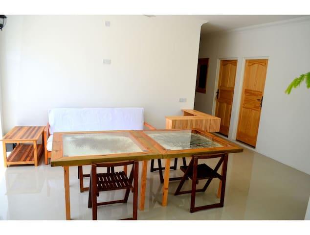 Captains Sunset Lodge by Vista Budget Twin BnB- 2 - Dhiffushi - Apartment