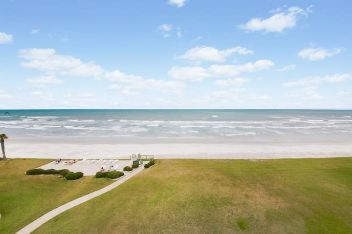 NSB full ocean front view from the 4th floor balcony.