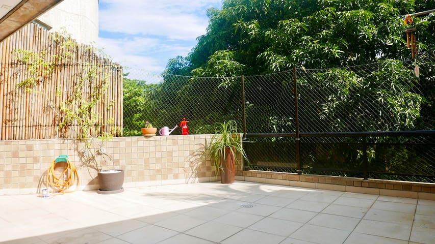 Varandão Sol Ar Livre+Amplo apartamento+Praia